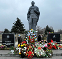 Fallen known and unknown Defenders of Homeland Memorial opening in DPR (03.12.15)